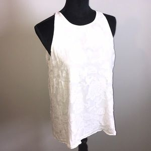 NWT lovely split back semi opaque top by Dalia